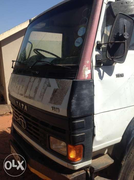 Truck Tata 1518