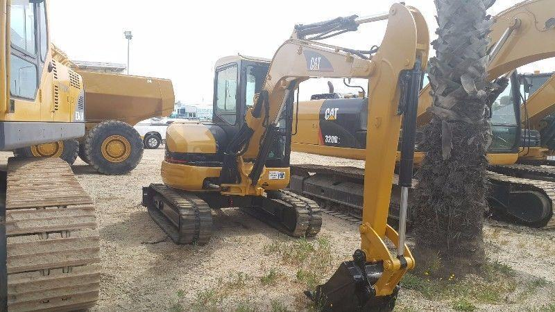 CAT 305 Excavator