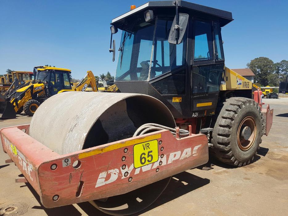 2009 Dynapac CA280D closedcab Smooth Drum Roller