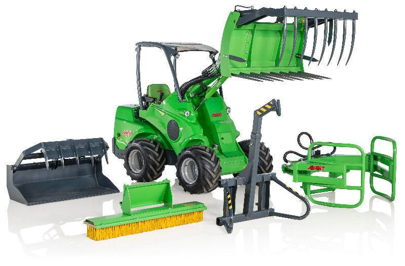 Avant 528:For all your farming purposes:mini tractor/digger/trencher