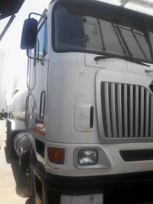 International water tanker truck
