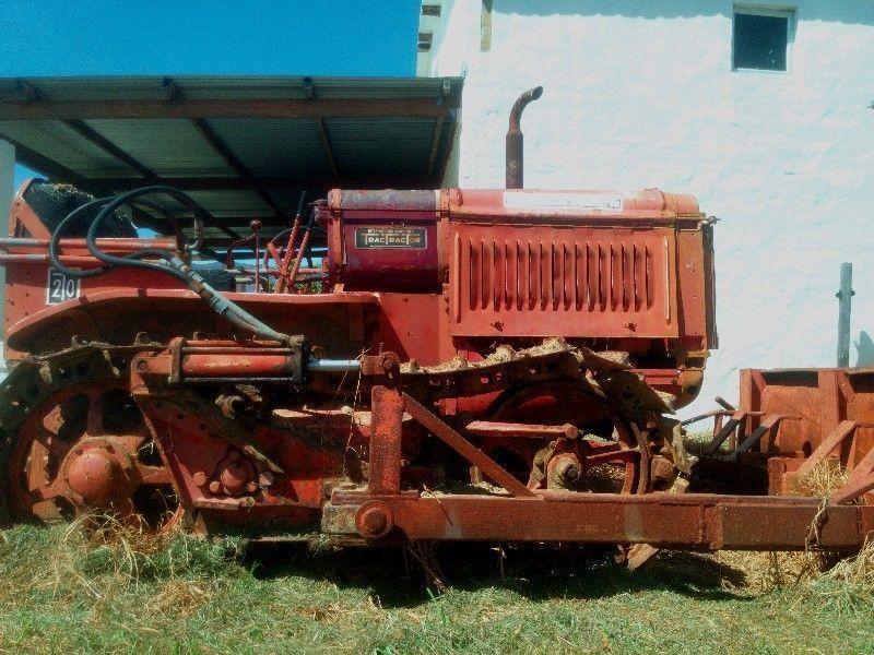 Rare antique International T20 TracTracTor crawler