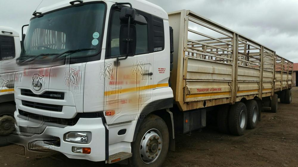 2012 UD 330 cattle truck with 8m drawbar trailer(2009)