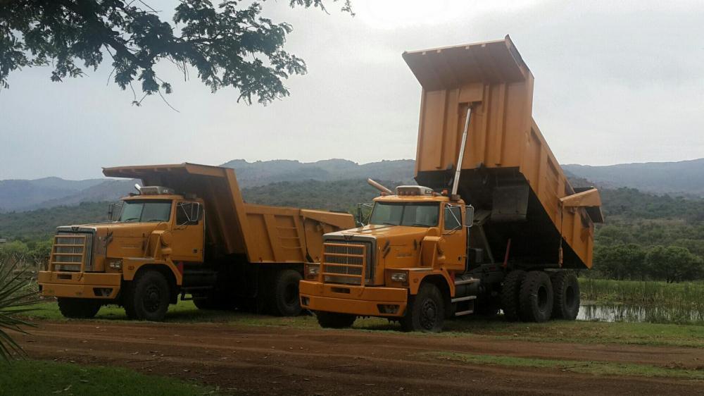 40 tonne Western Star dumper trucks