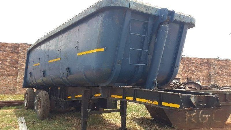 2005 hendred sloper trailer