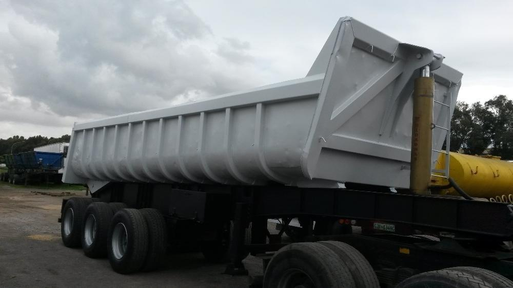 2004 Kearneys 3 axle tip trailer