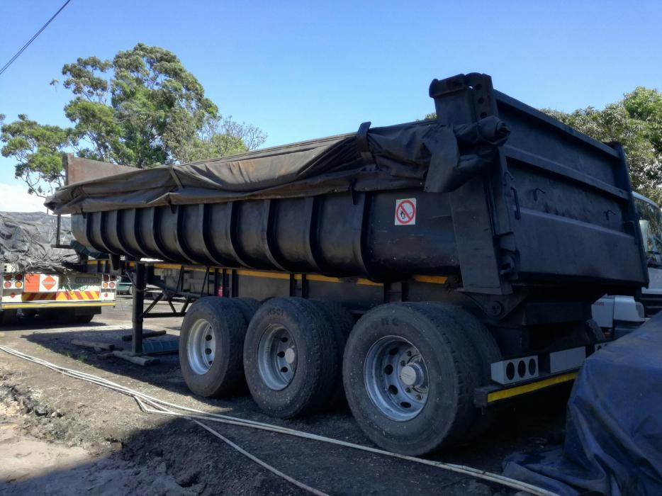 Hendred end tipper trailer