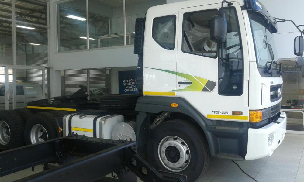 Free Trailer When you purchase new Tata Novus 7548 Truck Tracktor