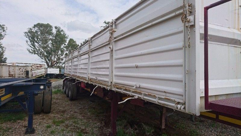 2005 SATB tri-axle Mass-Side