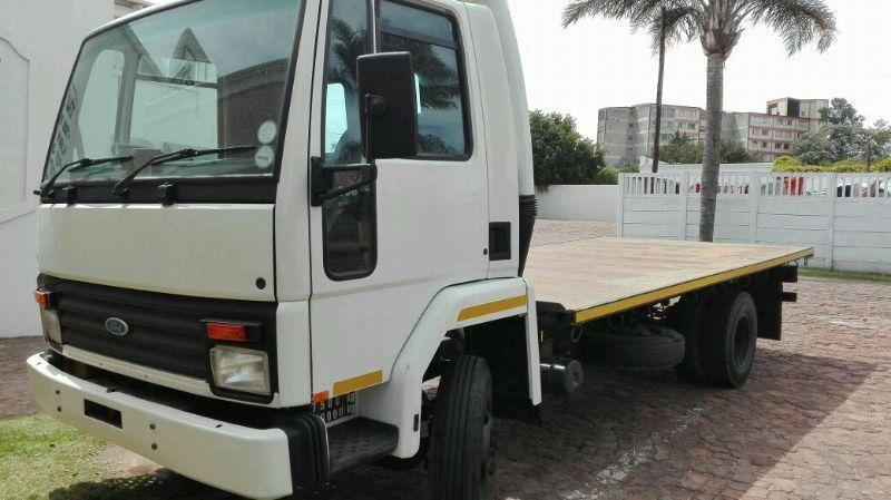 Ford Cargo 5ton truck