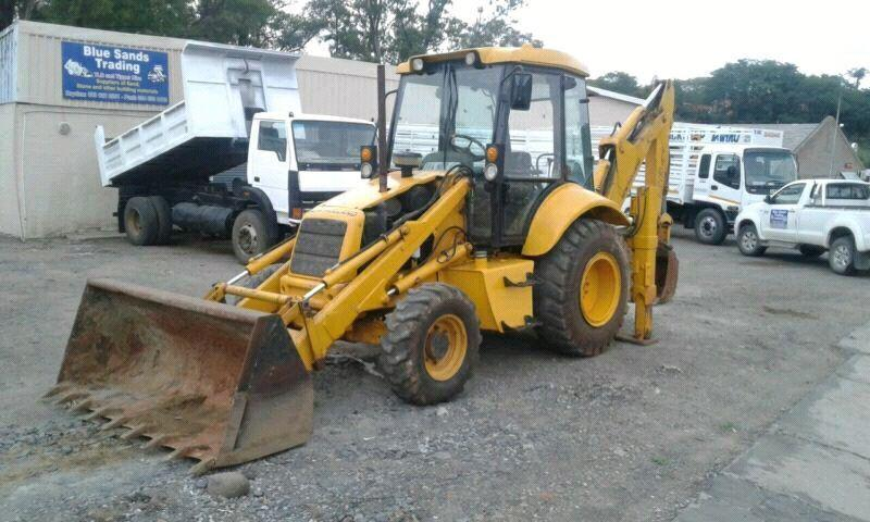 New Holland TLB 4x4 LB 90