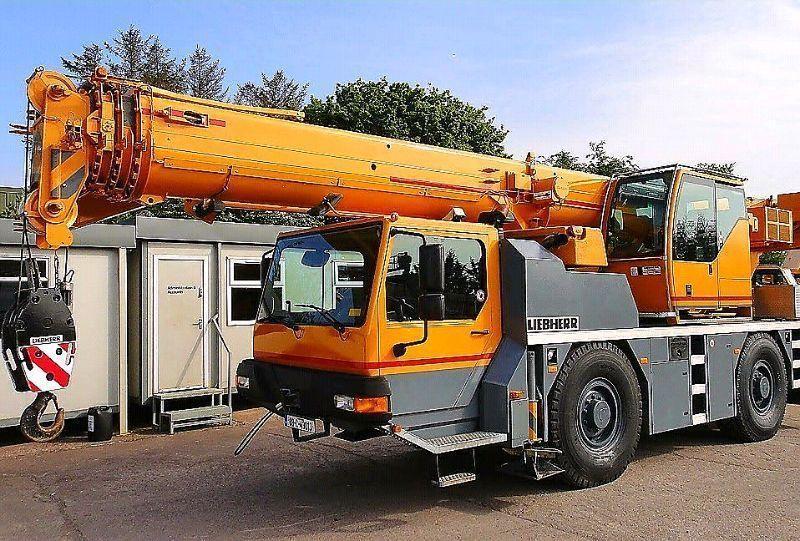 40 Ton - Liebherr LTM 1040-2.1 - Mobile crane