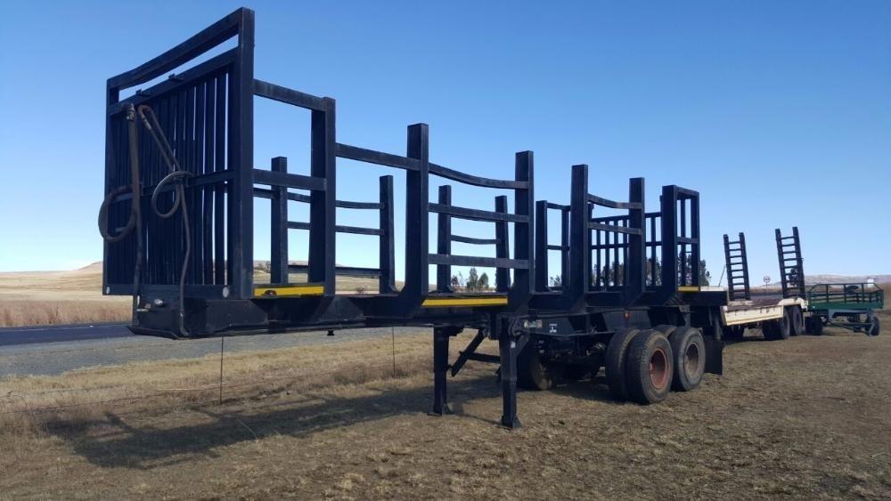 Fruehauf Timber Double Axle Semi Trailer 8m