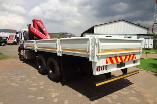 Isuzu FVZ1400 with Fassi F170 Crane and Dropside Truck