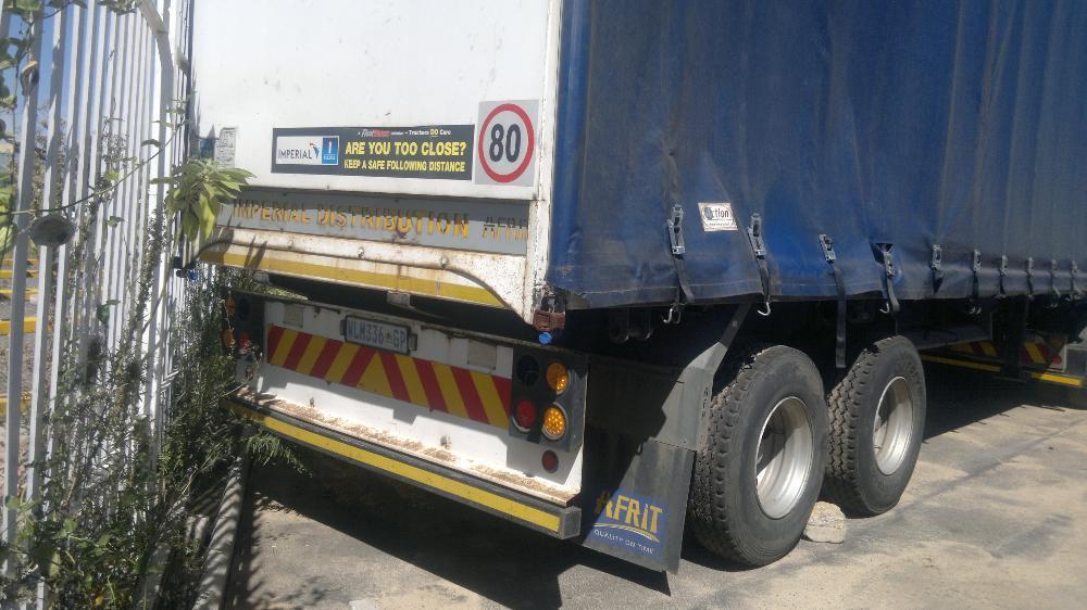 Tautliner trailer