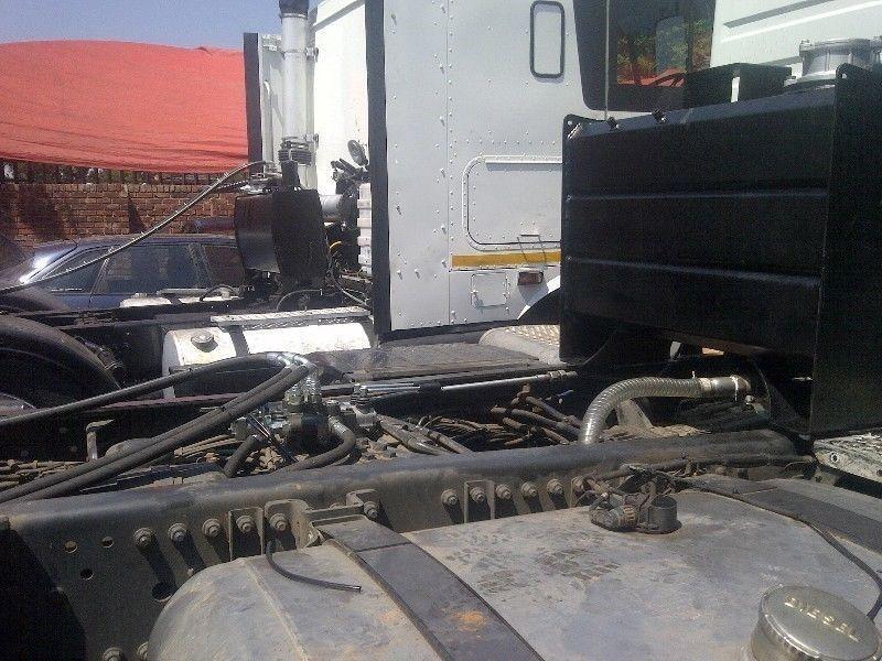 Freightliner/international hydraullic syste installation