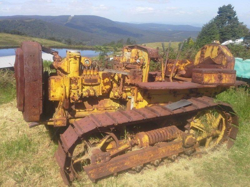 Caterpillar D2 restoration project