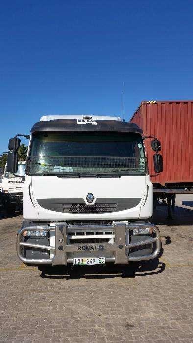 380 Renault Premium Lander 6x4 Truck Tractor R495 000.00 Excl