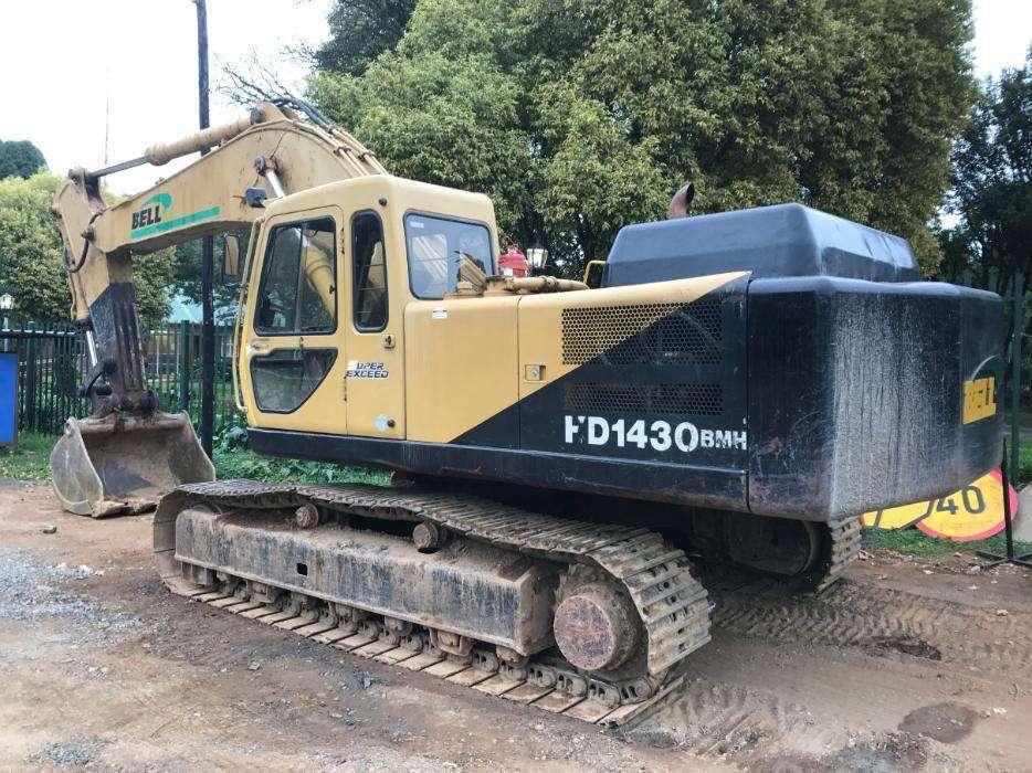 Bell HD1430 Excavator