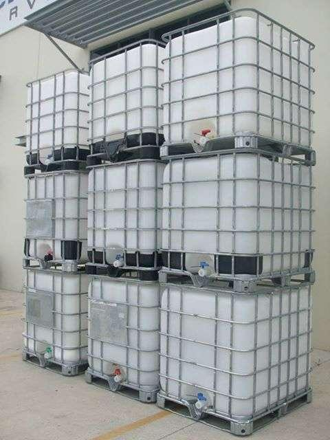 1000 Liters IBC's,210L Plastic drums, and Flow Bins For Sale