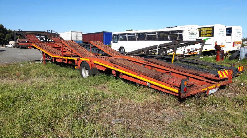 2 xCar Carrier trailers & Truck