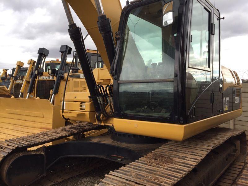 2013 Caterpillar 323D excavator