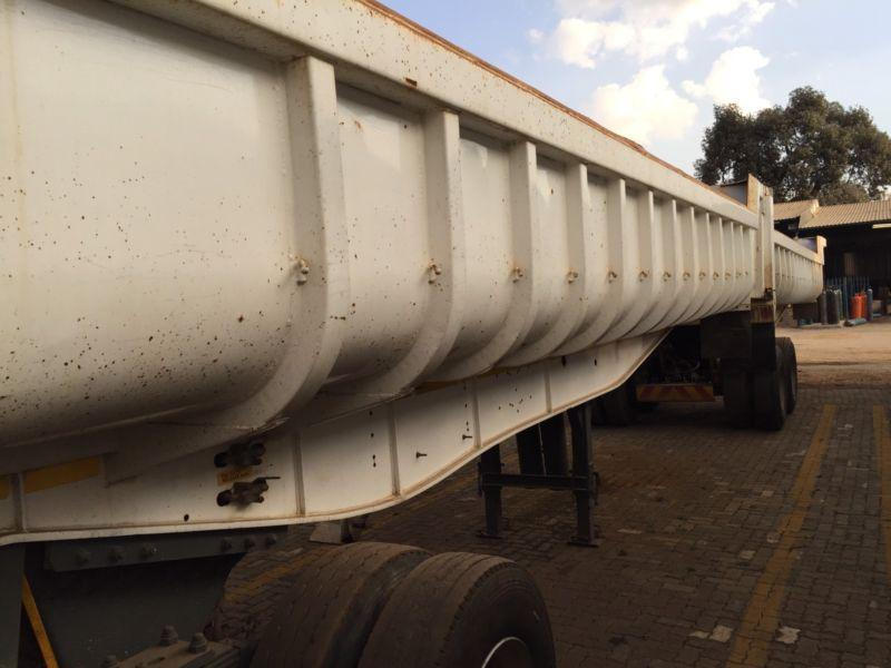 Henred Fruehauf Copelyn tipper trailers