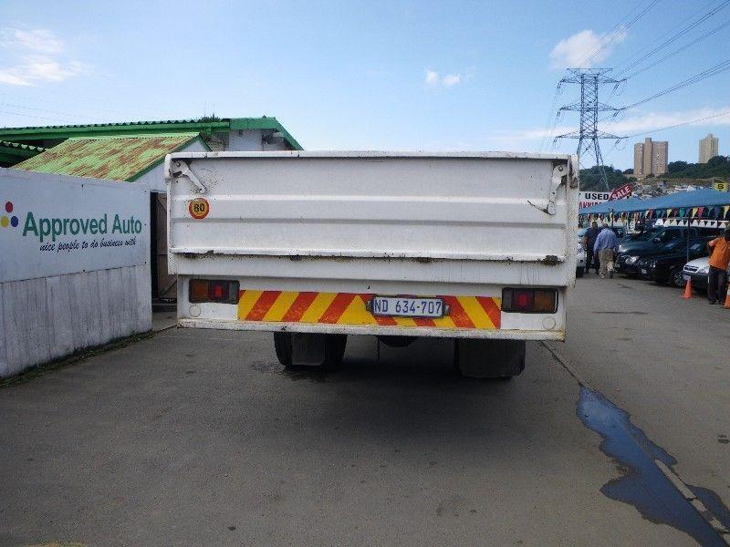 2008 white Mitsubishi fuso FM16 253 F/C C/C truck R 260000 + vat