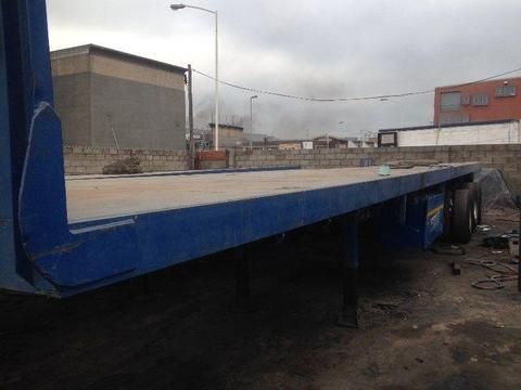 2005 Kearneys 13.5m Tri-axle trailer