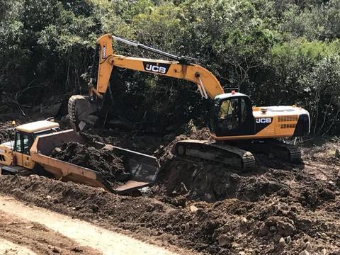 2010 JCB JS240 Excavator