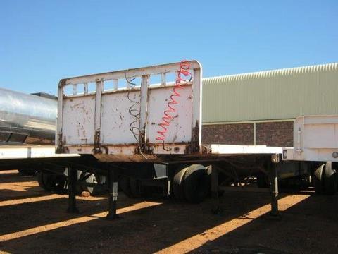 Henred Semi Trailer Flat Deck