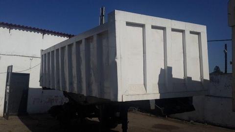 16 cube end-tipper trailer Henred