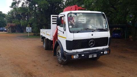 Mercedes Benz crane truck