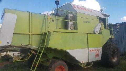 Combine Harvester Claas Dominator 86