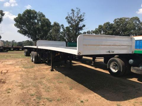2004 Burg Superlink flatdeck trailers with container locks
