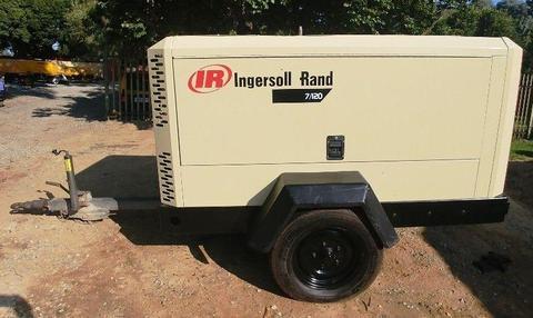Ingersoll Rand 400CFM Mobile Air Compressor - 3750hrs