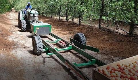 KROKODIL BIN ON THE GROUND TRAILERS, Prunning platform