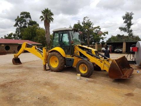 Used 2005 New Holland 4x4 TLB for sale