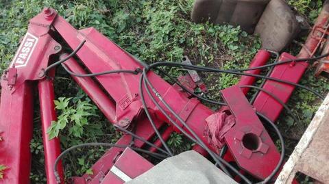 2 ton FASSI crane for sale
