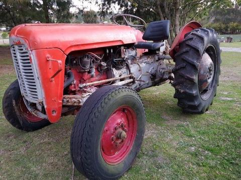 Massey Ferguson tractor, Petrol/Power Paraffin