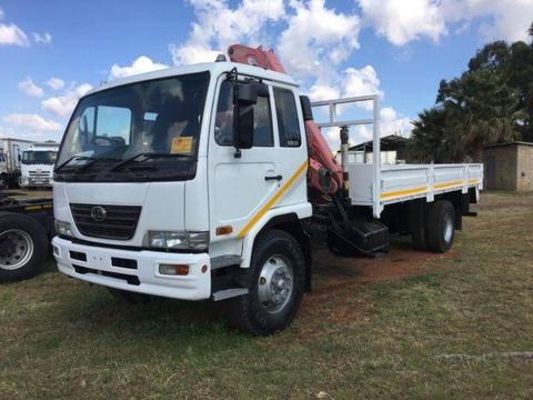 2007 NISSAN UD90 DROPSIDE WITH FASSI CRANE