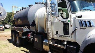 Mack GU 613 Super Vac Truck- LHD for Export