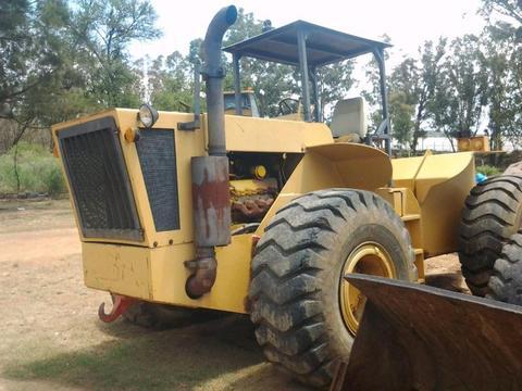 Industrial tractor Cummins