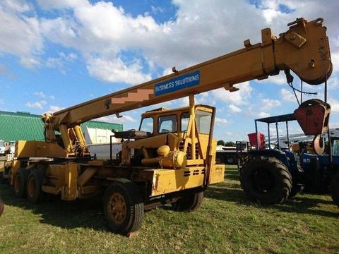 Grove (50t) Mobile Crane R85 000.00 EXCL
