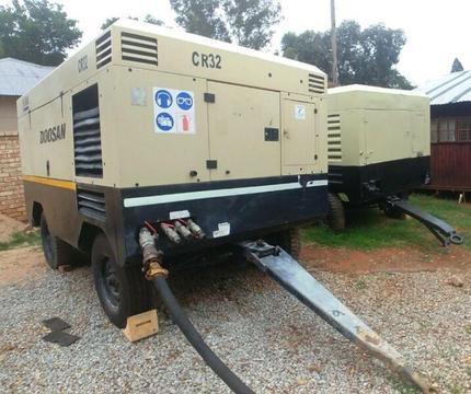 DOOSAN (Ingersoll Rand) 950 - 1050Cfm Diesel Compressors