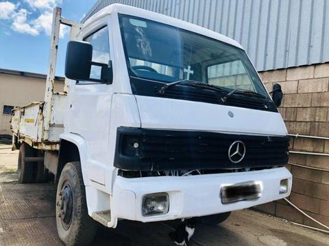 Mercedes Benz MB800 Cab & Other Spare Parts