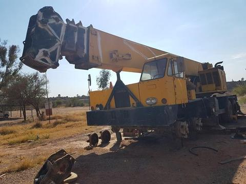 Kobelco 7220A Mobile Crane - ON AUCTION